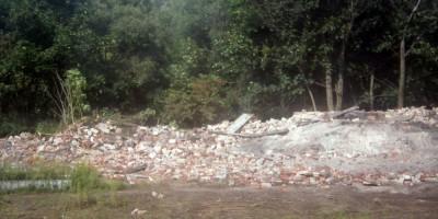 Красное Село, руина на месте домика