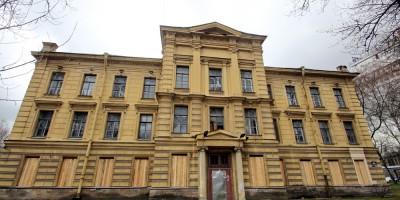 Мариинский приют офицерских детей на улице Льва Толстого, 13