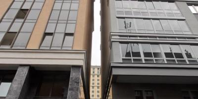 Улица Красуцкого, 3, корпус 2, щель