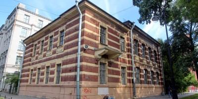 Городской дом двух начальных училищ имени Боткина на Большом проспекте