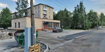 Ломоносов, Михайловская улица, 18, пристройка