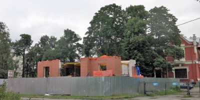 Строительство на улице Савушкина