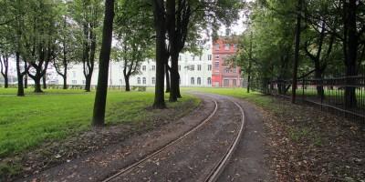 Трамвайные пути в парке Бабушкина