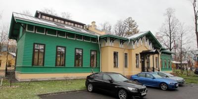 1-й Мариинский хирургический павильон на Свердловской набережной, 38