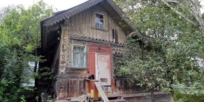 Парголово, дом Шапошниковой, боковой фасад