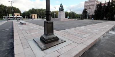 Площадь Чернышевского, площадка