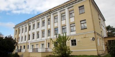 Школа на Крестовском проспекте, 7