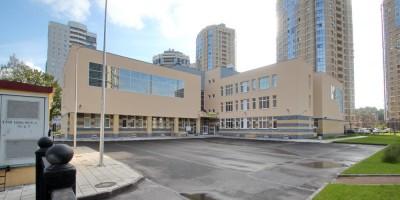 Улица Композиторов, 14, начальная школа