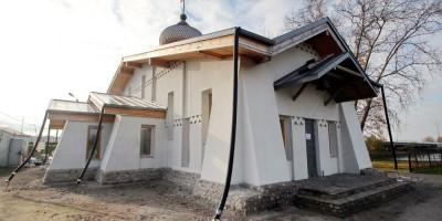 Колпино, улица Анисимова, церковь Сошествия Святого Духа