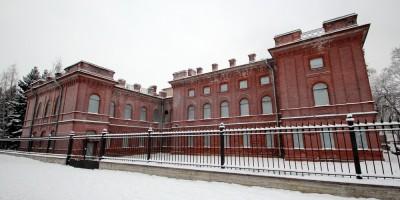 Кронштадт, улица Зосимова, 15, Собрание корпуса артиллерийских офицеров