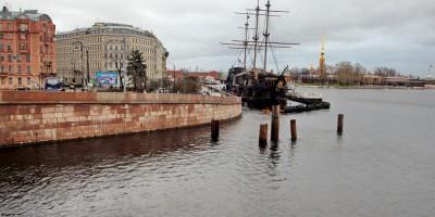 Малая Нева возле площади Академика Лихачева