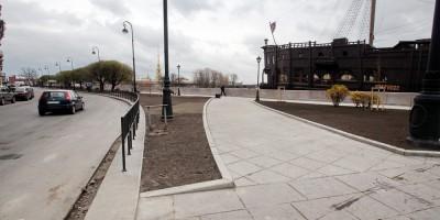 Площадь Академика Лихачева, дорожки