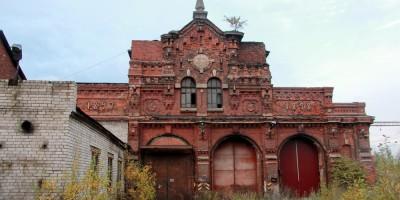 Сарай для императорских поездов Варшавского вокзала, фасад