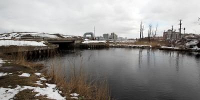 Шуваловский проспект, река Бобылка