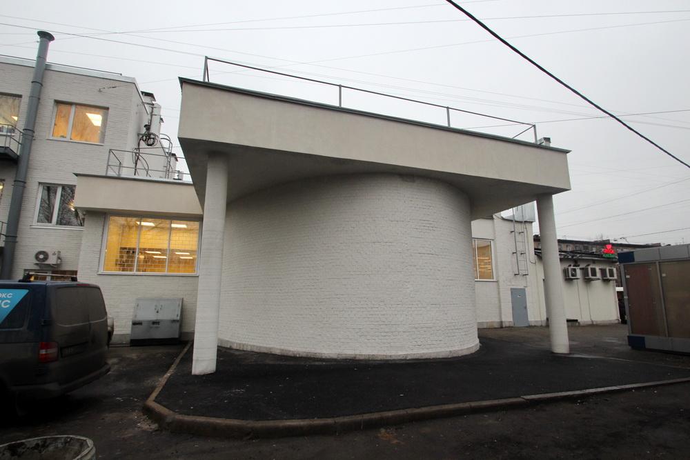 Елизаровская, задний фасад