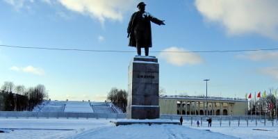 Стадион Кирова, памятник
