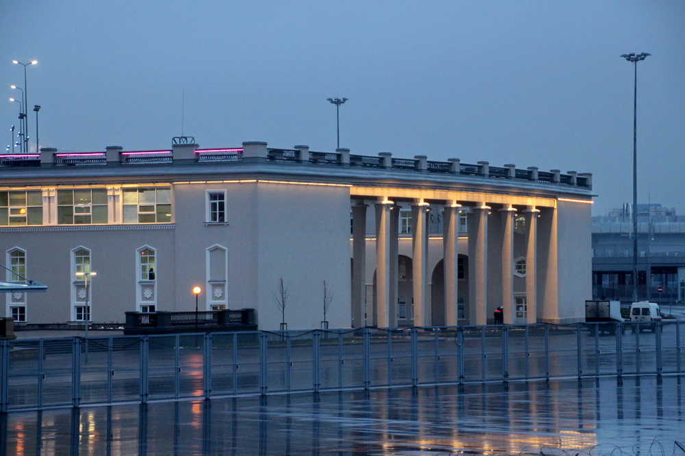 Стадион на Крестовском острове, павильон
