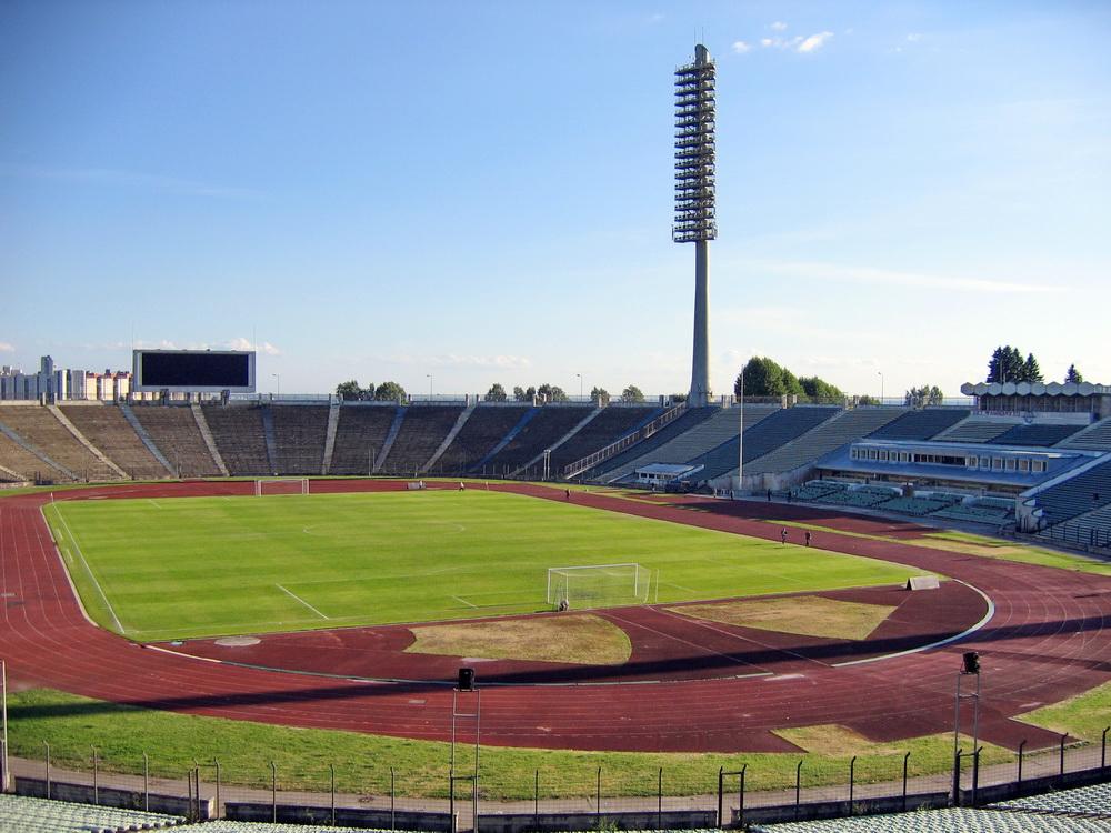 Стадион имени Кирова, лето
