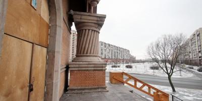 Рыбацкое, Рождественская церковь, лестница и Прибрежная улица