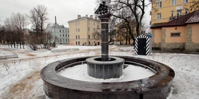 Среднеохтинский проспект, фонтан