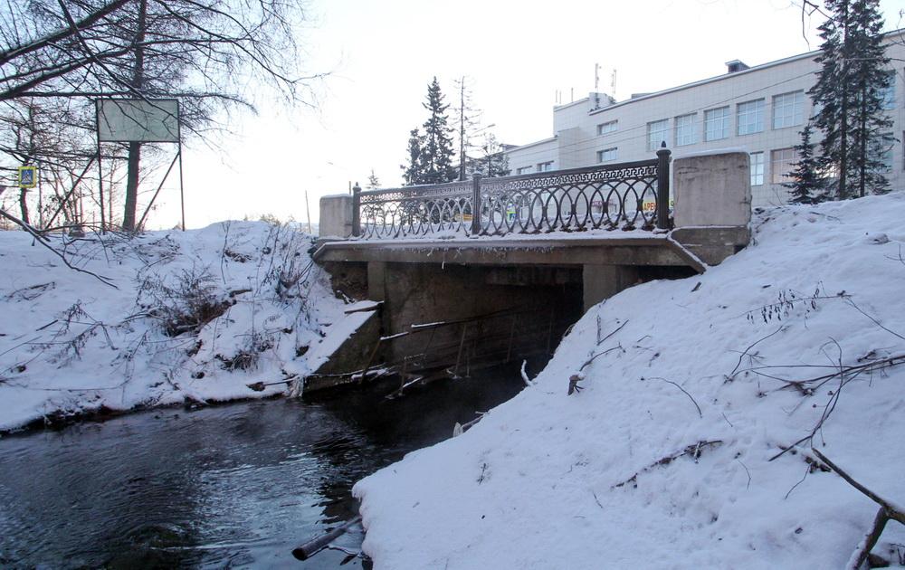 Красное Село, мост на улице Первого Мая