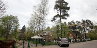 Сестрорецк, улица Емельянова, музей Сарай