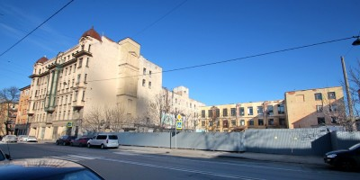 Улица Моисеенко, 10