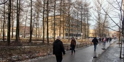 Улица Васи Алексеева, сквер