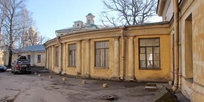 Дача Кушелевых-Безбородко, задний фасад