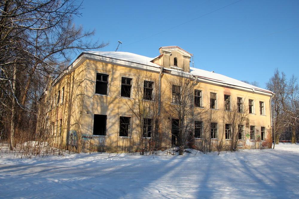 Красное Село, улица Равенства, 7, заброшенная школа