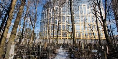 Проспект Александровской Фермы, 8, вид с Еврейского кладбища