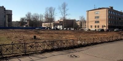 Улица Васи Алексеева, вырубленный сквер