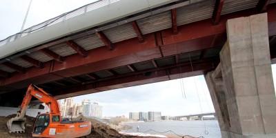 Яхтенный мост снизу