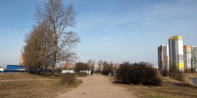 Парк Героев-Пожарных ближе к Бухарестской улице