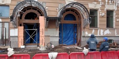 Переулок Антоненко, 2, крыльцо