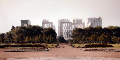Жилой дом у Пулковского парка, главная аллея