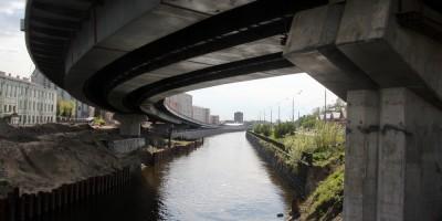 Набережная Обводного канала, путепровод над истоком