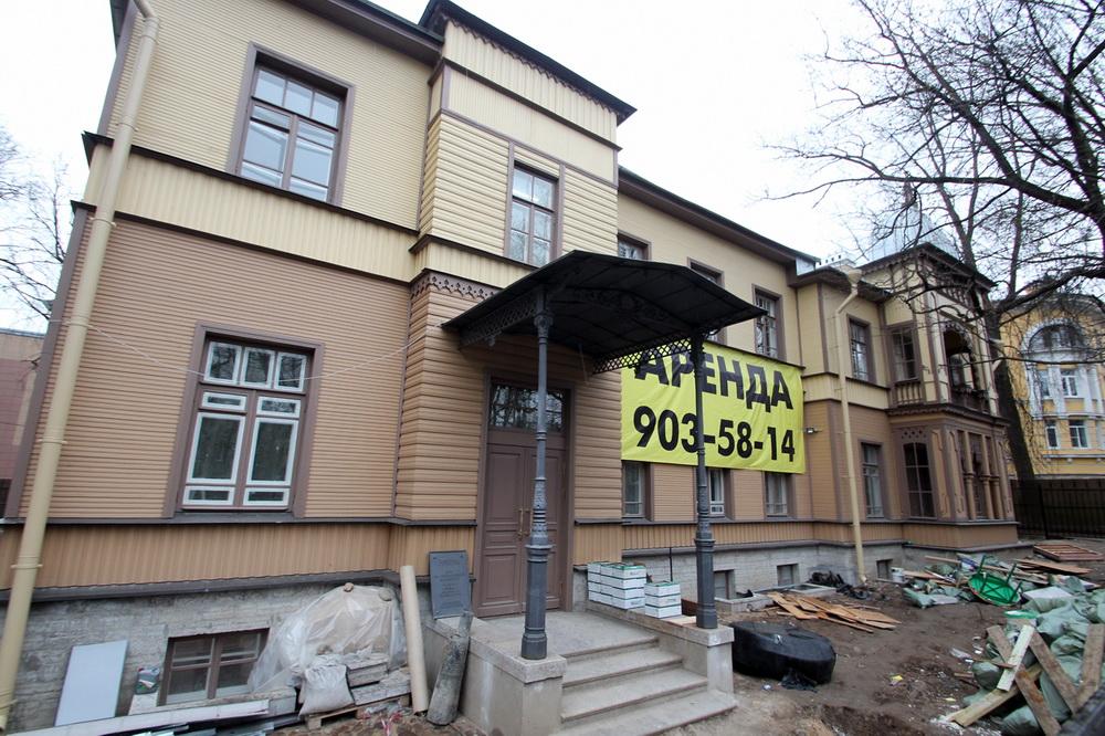 Пушкин, Октябрьский бульвар, 53