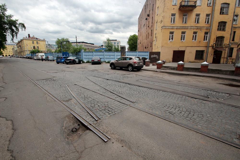 Дегтярный переулок, трамвайные стрелки