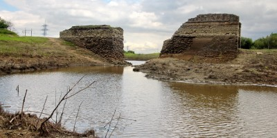 Кузьминское водохранилище, железнодорожный мост