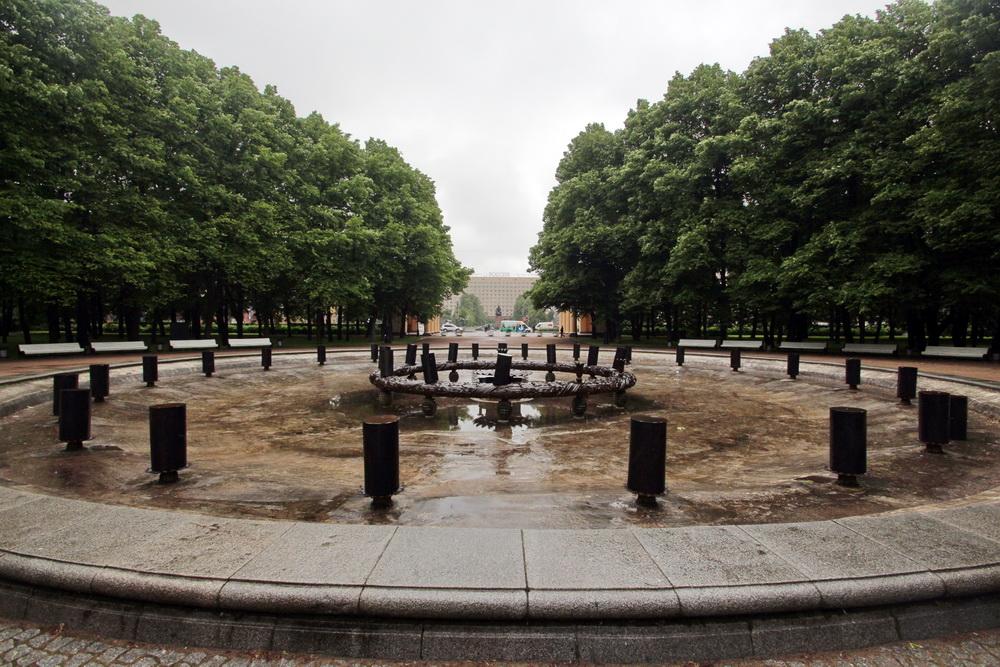 Московский парк Победы, фонтан Венок славы