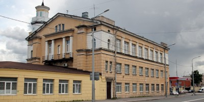 Днепропетровская улица, 18, 1-й автобусный парк