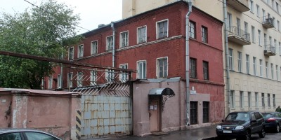 Охотничий переулок, 7, вид из Урюпина переулка