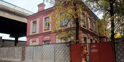 Сортировочная-Московская, у дома 16