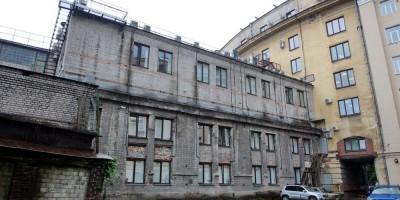 Черниговская улица, 8, корпус во дворе