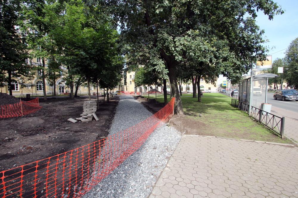 Ремонт сквера на Среднеохтинском проспекте