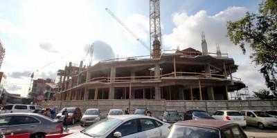 Строительство торгового комплекса у Ладожского вокзала