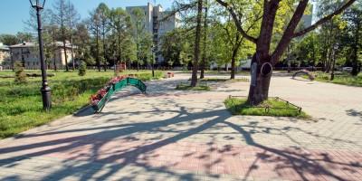Колпино, парк на Красной улице, деревья