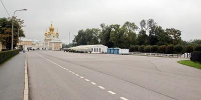 Петергоф, Дворцовая площадь