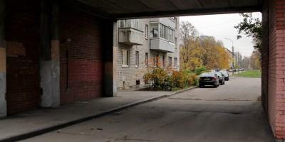 2-я Комсомольская улица, арка